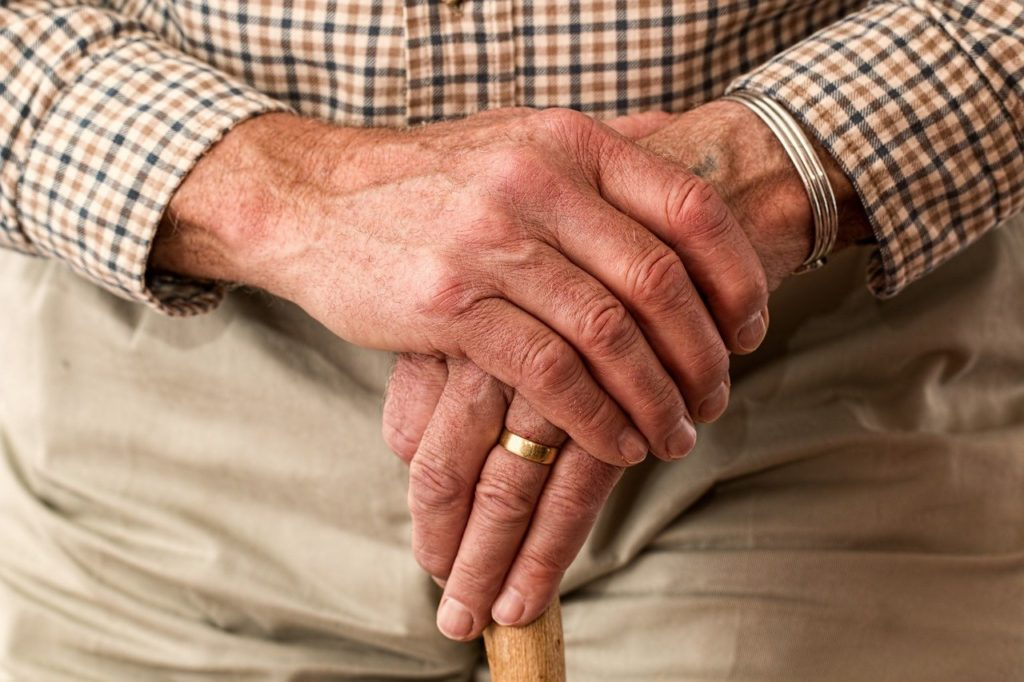 arthritis joints elderly